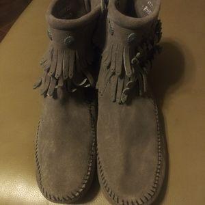 Minnetonka gray mocassin boots
